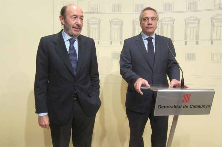 Rubalcaba y Pere Navarro