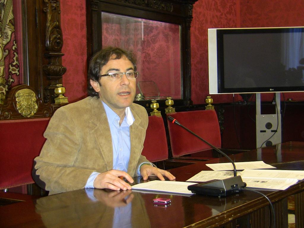 Miguel Ángel Fernández Madrid, en rueda de prensa