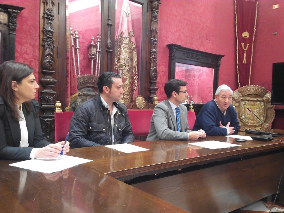 Cuenca, junto a los representantes de los comerciantes
