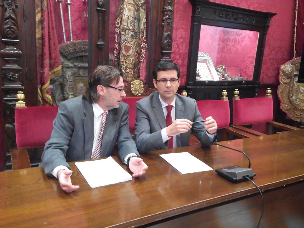 Cuenca y Oliver, en la comparecencia
