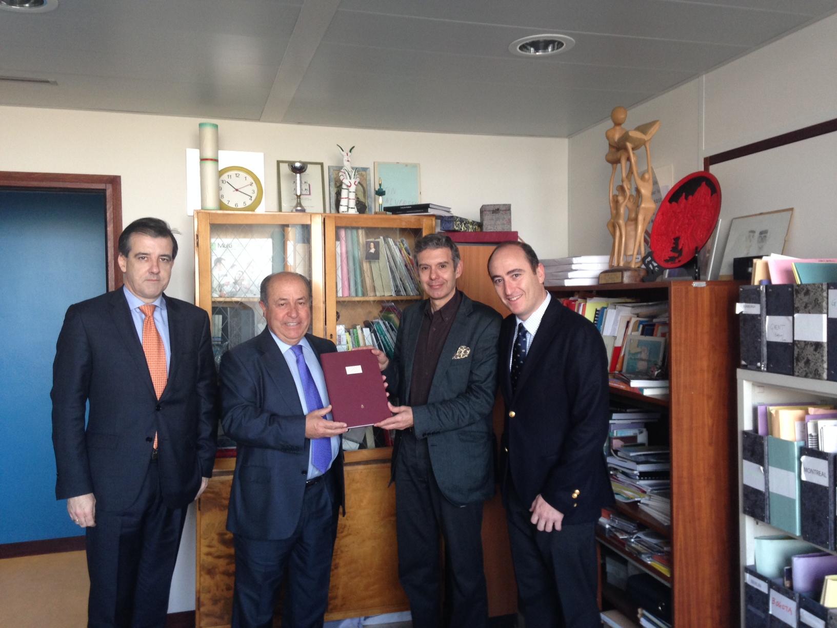 Alcalde Granada Poesía Unesco