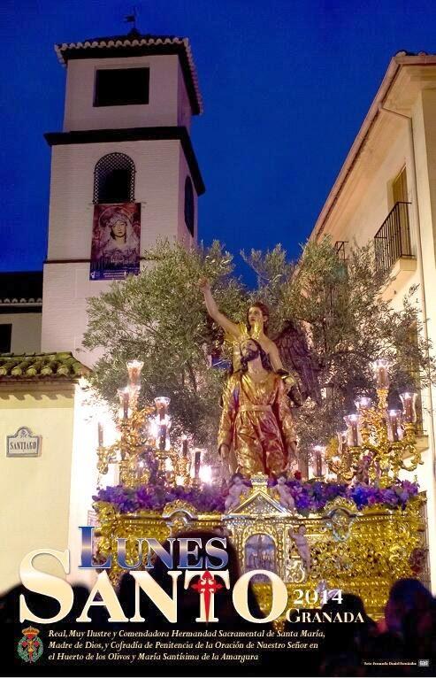 Oración en el Huerto en la calle Comendadoras de Santiago, torre de fondo. Foto de Fernando Daniel Fernández