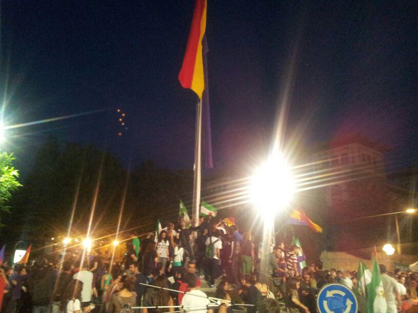 Bandera republicana | Manifestación | Avenida constitución