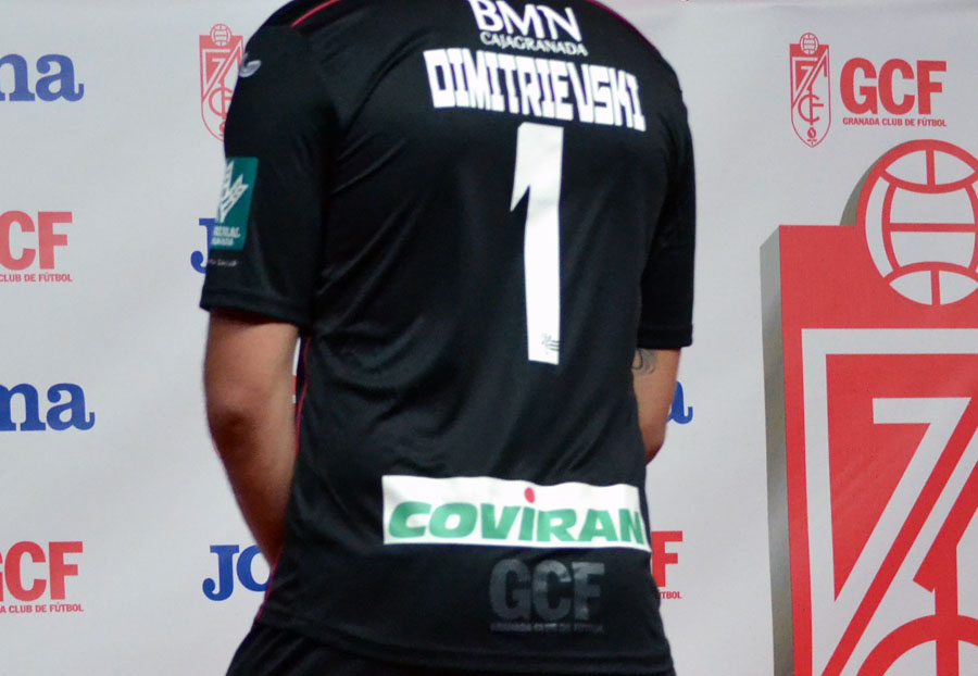 Presentación Camiseta 14-15 14 Dimitrievski