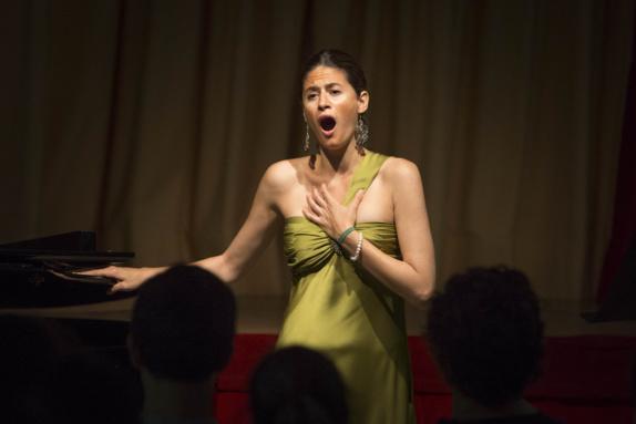 Laura|Sabatel|soprano