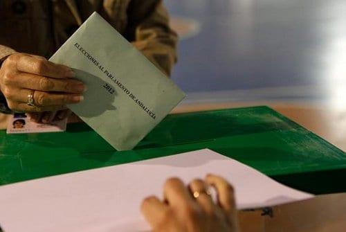 elecciones urna andalucía