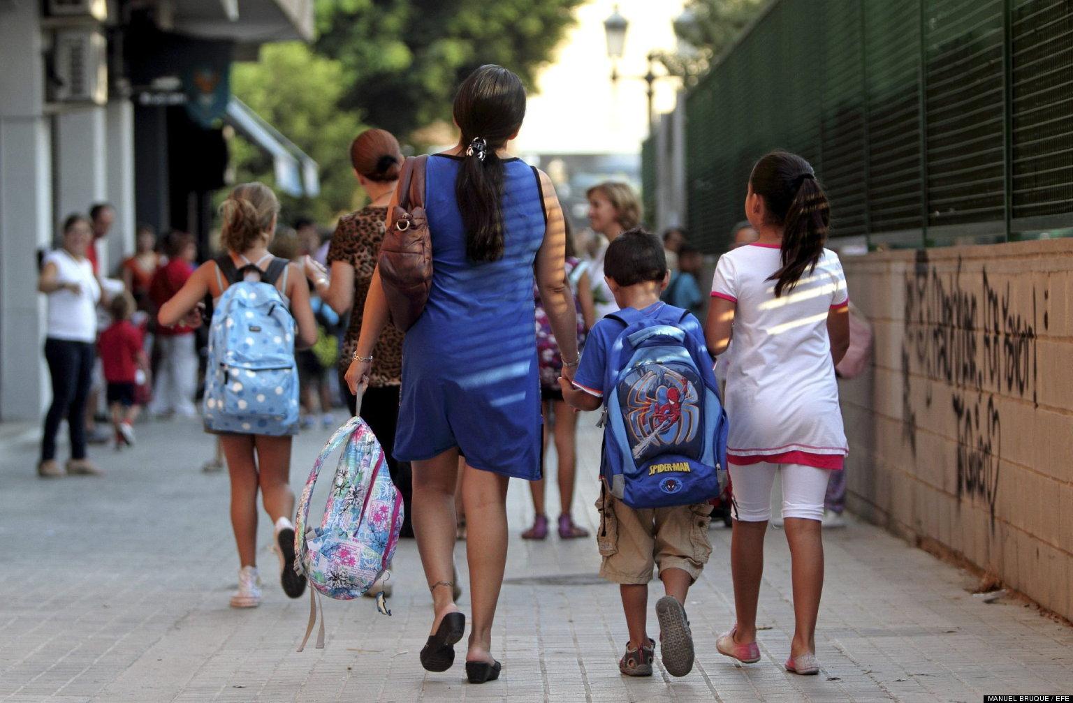COMIENZA EL CURSO ESCOLAR 2012/2013 EN LOS COLEGIOS DE LA COMUNIDAD VALENCIANA