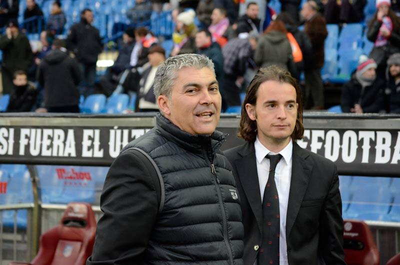 Atletico granada CF Joseba-Aguado-antes-del-partido
