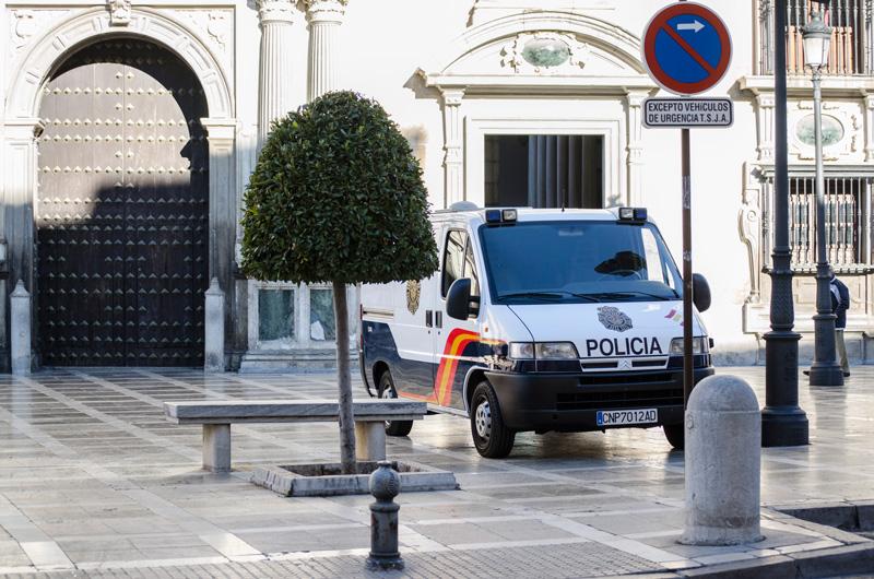 Policia-Nacional-Furgon-CarlosGil-(4)