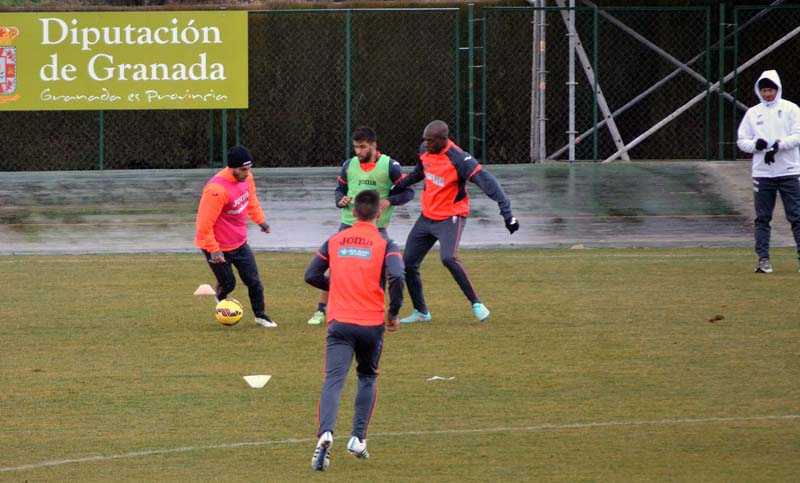 2015-02-17 Rochina Granada CF entrenamiento
