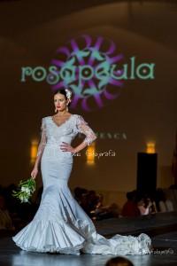 Modelo desfilando para Rosapeula | Xiki Fotografía
