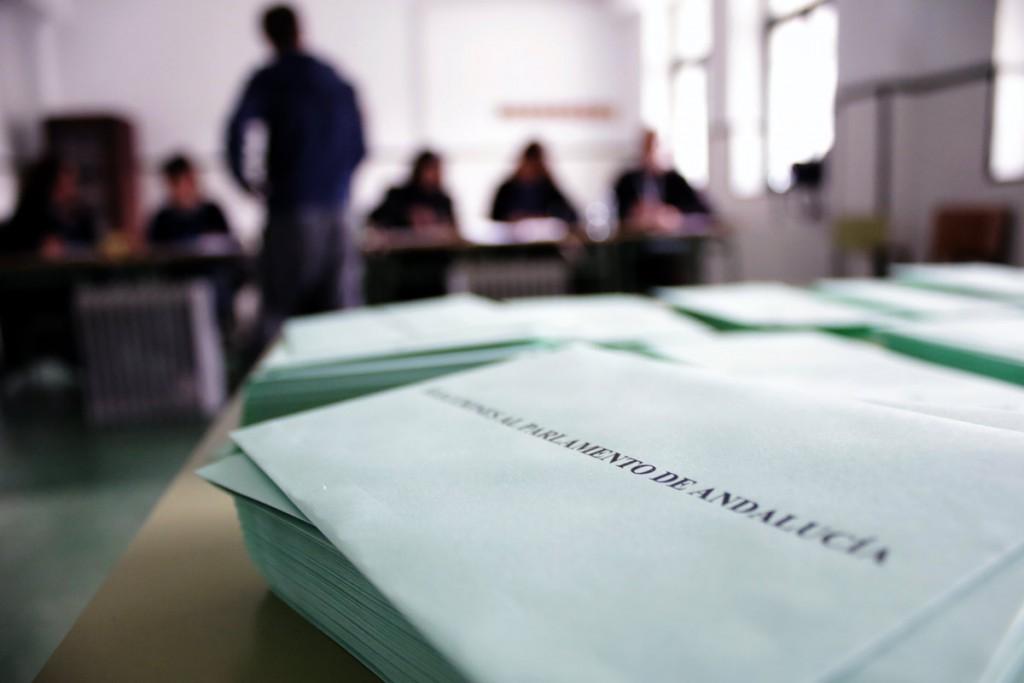 elecciones-andalucia-22m-colegio