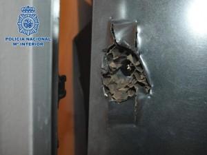 foto-puerta-policia-300x225