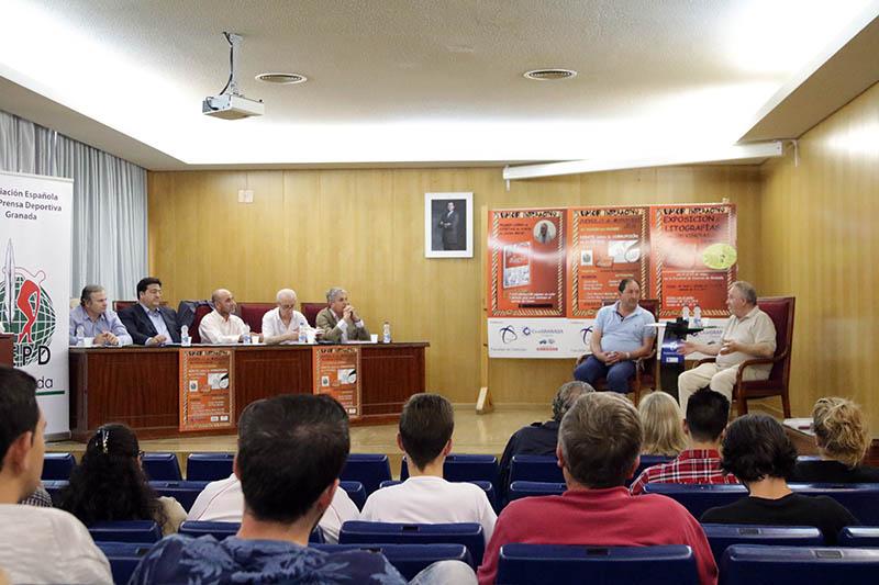 2015-05-21 Rufo Requena Debate Corrupción Fútbol 2