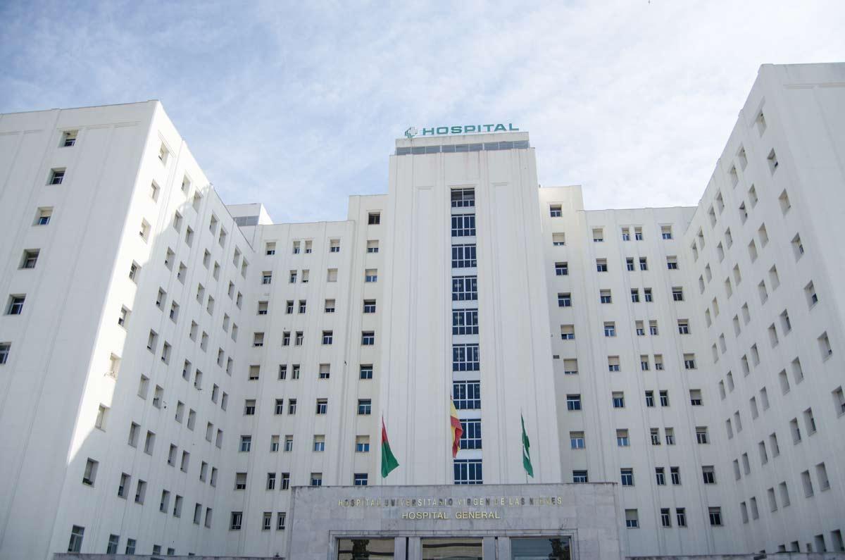 Hospital-Virgen-de-las-Nieves-Universitario-(3)