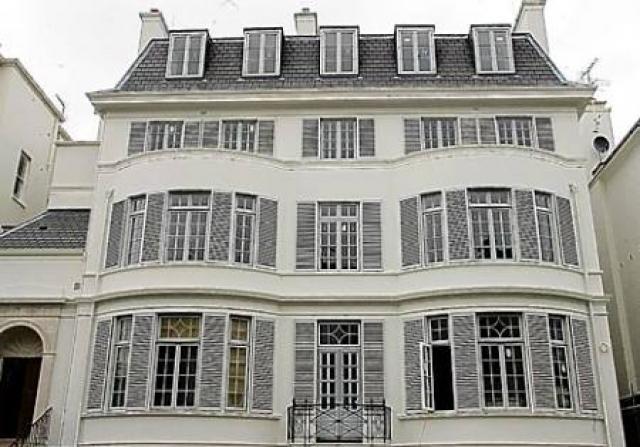 elena-franchuk_s-victorian-villa