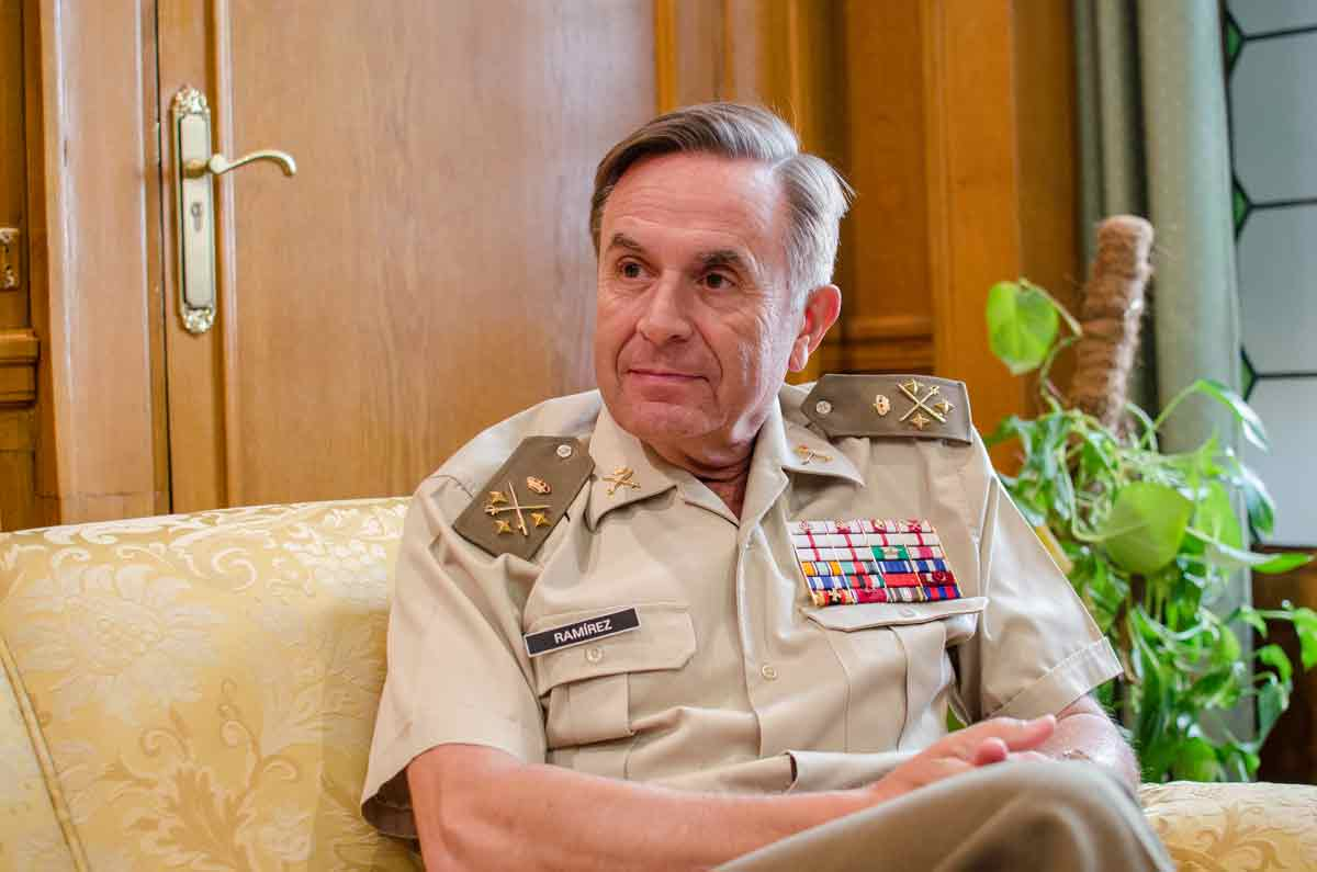 Teniente-general-Ramírez-(39-de-87) (4)