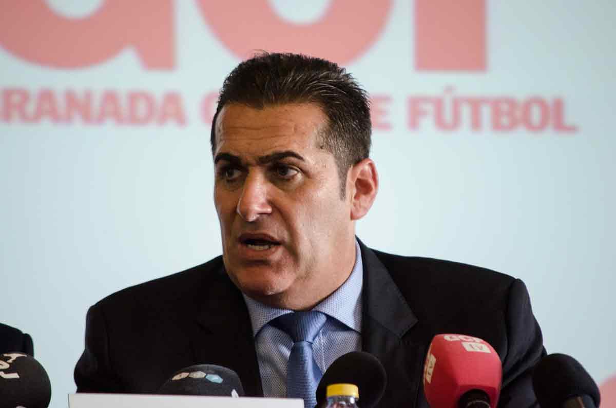 Granada-CF-Presentacion-Sandoval-Entrenador (19)