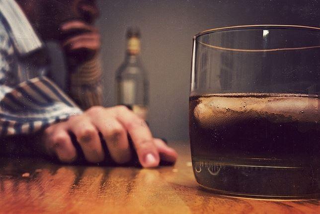 alcohol y crisis