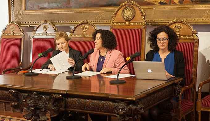 Dorothy-Kelly-Pilar-Aranda-Leonor-Moral-Erasmus-2016-2017-Gabinete