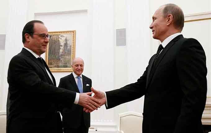 Hollande-y-Putin-Saludo-EP