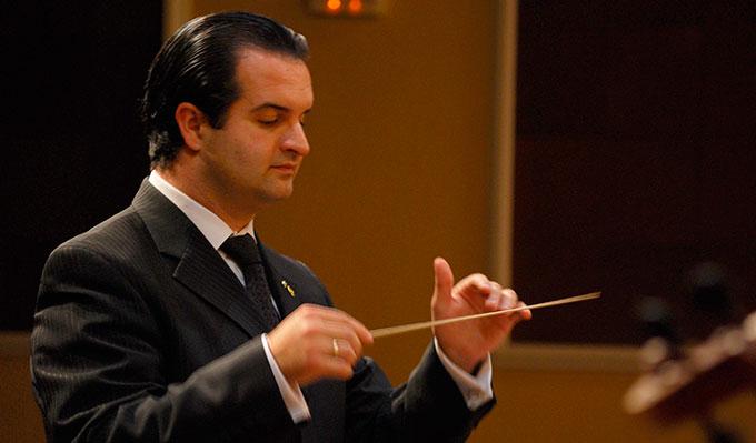 Juan-Paulo-Gomez-Director-Orquesta-Gabinete