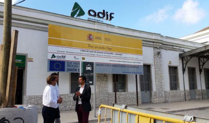 Visita-concejales-del-PSOE-a-la-Estación-de-Renfe-en-la-avenida-de-Andaluces-e14423174538532