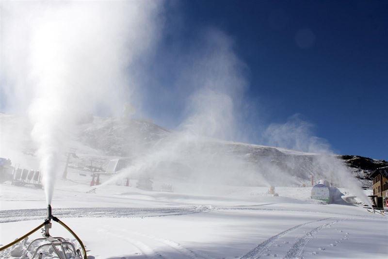 cañones nieve sierra nevada