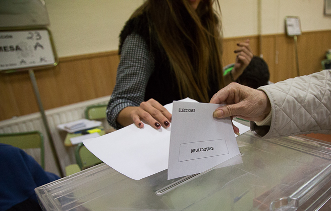 20D Elecciones Generales Urnas Votación Votos -21
