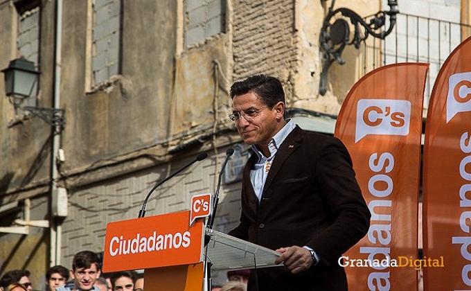 Ciudadanos-Albert-Rivera-Plaza-Nueva-15-e1450182240235