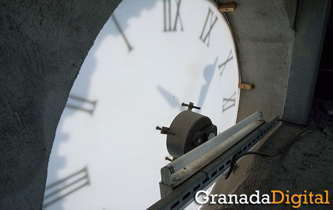 Reloj-Interior-Ayuntamiento-Granada-002-GetlyArce