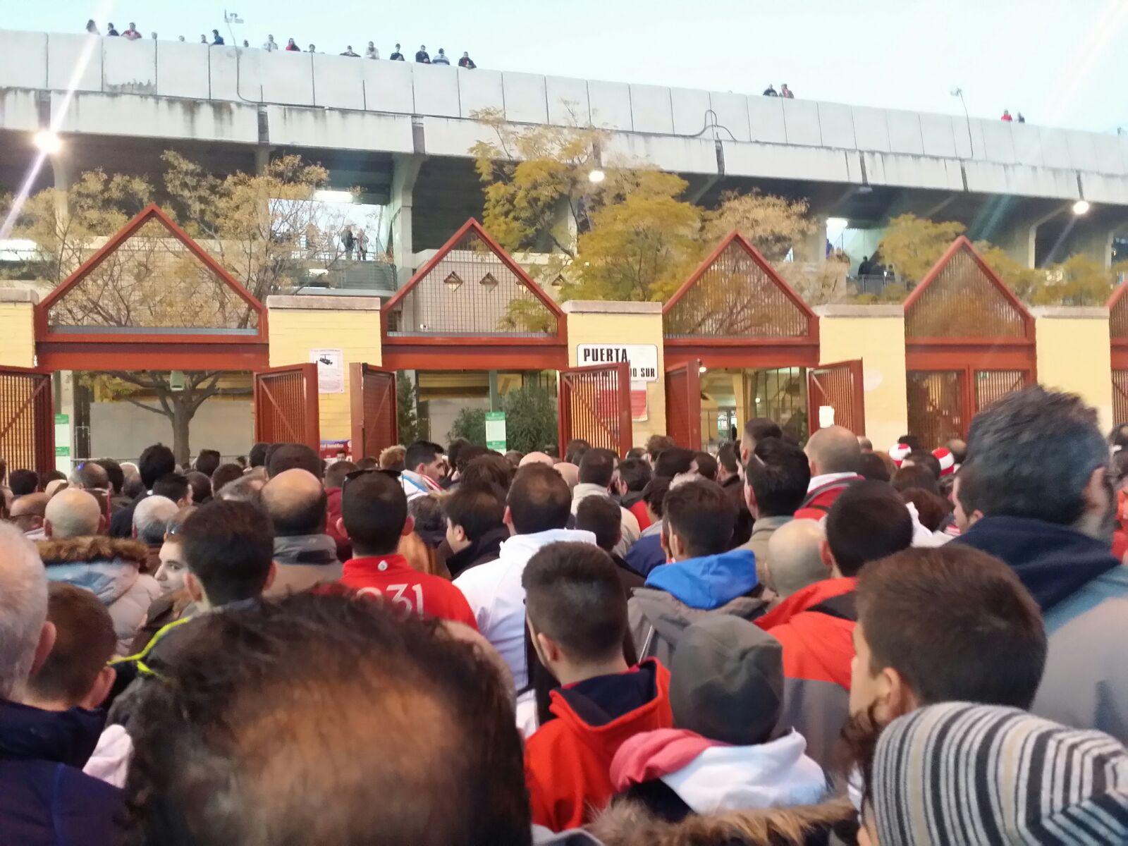 acceso-estadio-partido-granada-club-de-futbol
