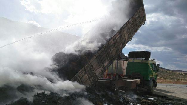 camiones ardiendo