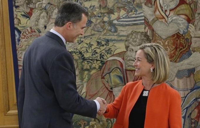 Felipe-VI-Y-Ana-Oramas-Coalicion-Canaria-EP