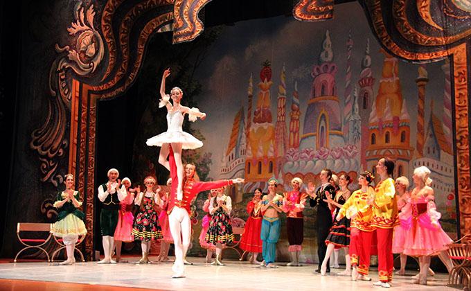 ballet EL ESPECTACULO EL CASCANUECES EN ALMUÑECAR 16