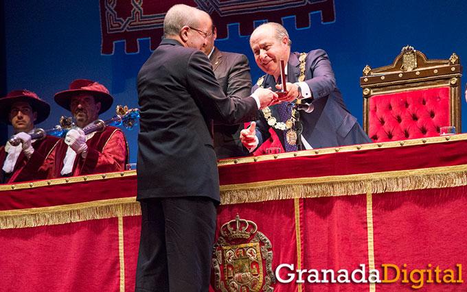 Honores-Y-Distinciones-Ciudad-Granada-008-GetlyArce