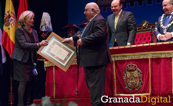 Honores-Y-Distinciones-Ciudad-Granada-013-GetlyArce