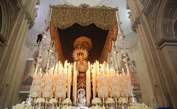 Virgen de la paz domingo de ramos semana santa 2015