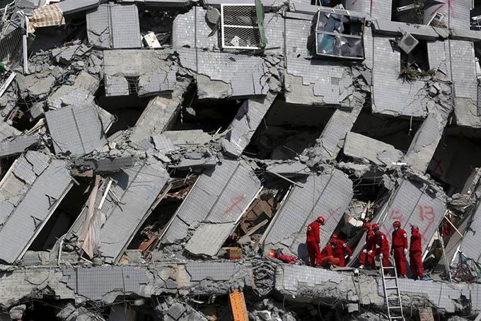 terremoto-taiwan-escombros
