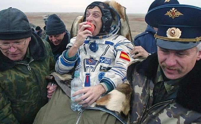 Astronautas y comida: ¿cómo cocinar en el espacio?