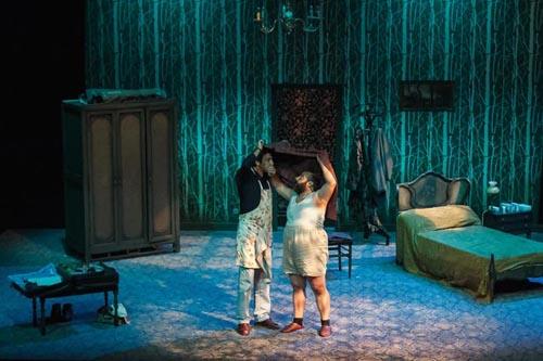 VITORIA-GASTEIZ, ABRIL 2013: Reportaje fotográfico para la obra de teatro Pulgarcito