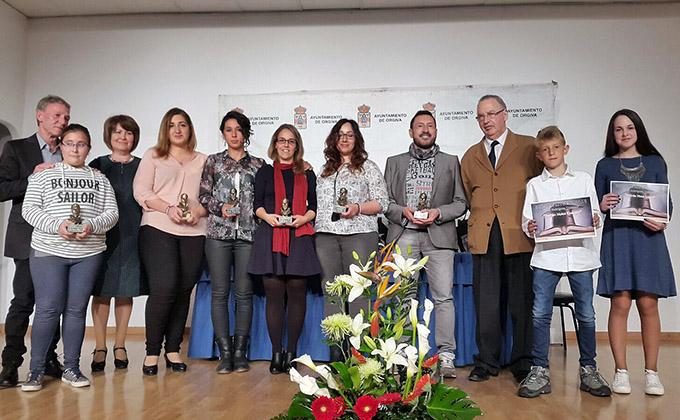 Ganadores del Certamen y miembros del jurado