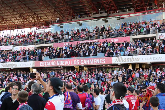 Granada CF - FC Barcelona - Galería Público Grada Afición-10