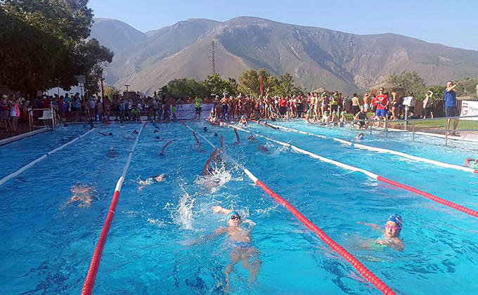 Durante la competición natación orgiva