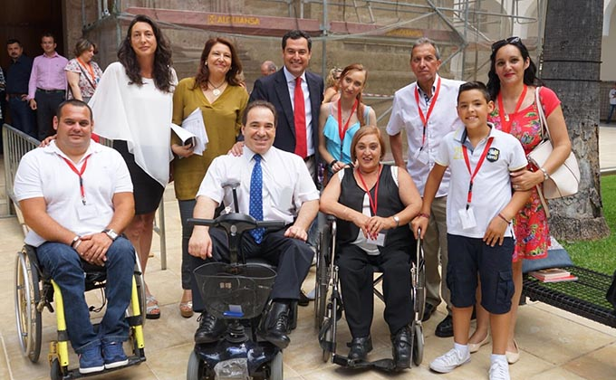 Juanma Moreno, discapacidad