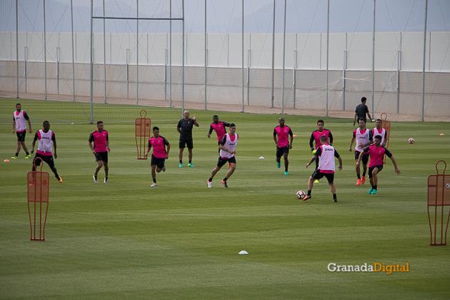 Primer entrenamiento Paco Jémez Granada CF Tito Boga ciudad deportiva-14