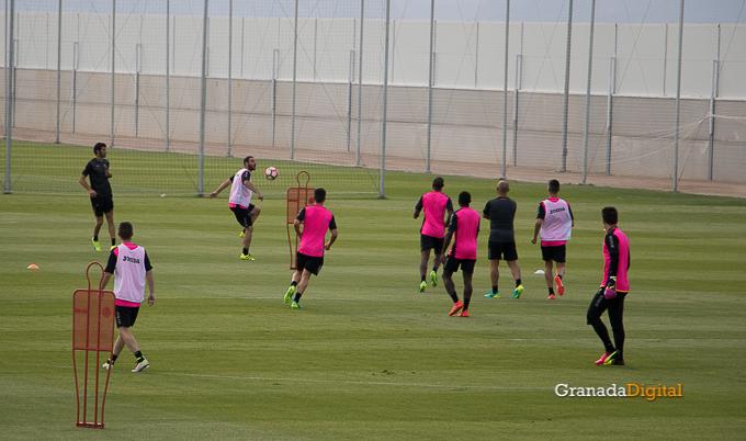 Primer entrenamiento Paco Jémez Granada CF Tito Boga ciudad deportiva-17