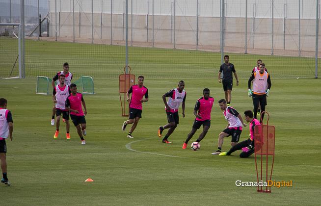 Primer entrenamiento Paco Jémez Granada CF Tito Boga ciudad deportiva-18