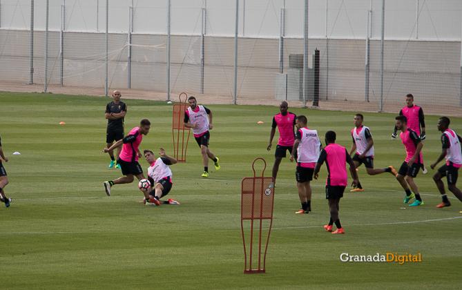 Primer entrenamiento Paco Jémez Granada CF Tito Boga ciudad deportiva-19