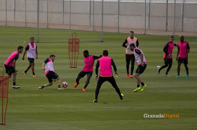 Primer entrenamiento Paco Jémez Granada CF Tito Boga ciudad deportiva-20